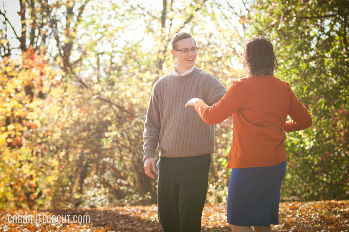 eclectic wedding photoraphy, engaement, Pittsburgh, outdoors