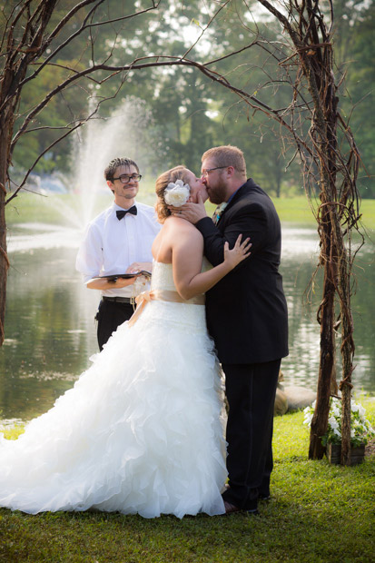 pittsburgh-backyard-wedding-photo-39