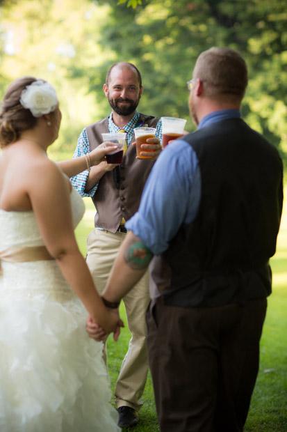 pittsburgh-backyard-wedding-photo-42