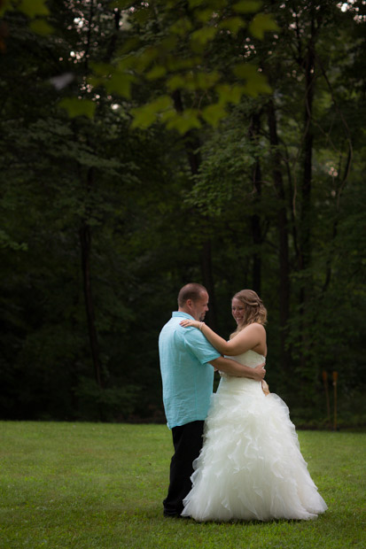 pittsburgh-backyard-wedding-photo-49