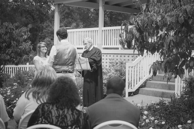 Pittsburgh-outdoor-wedding-photographer-photo-3