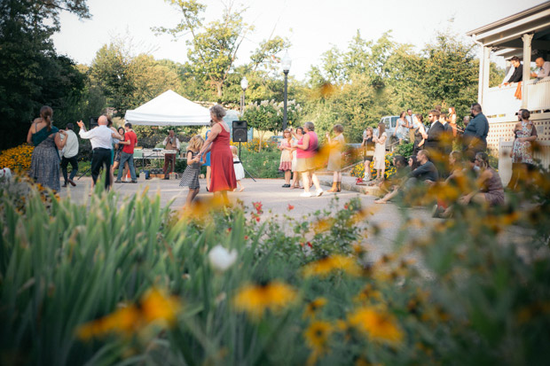 Pittsburgh-outdoor-wedding-photographer-photo-36