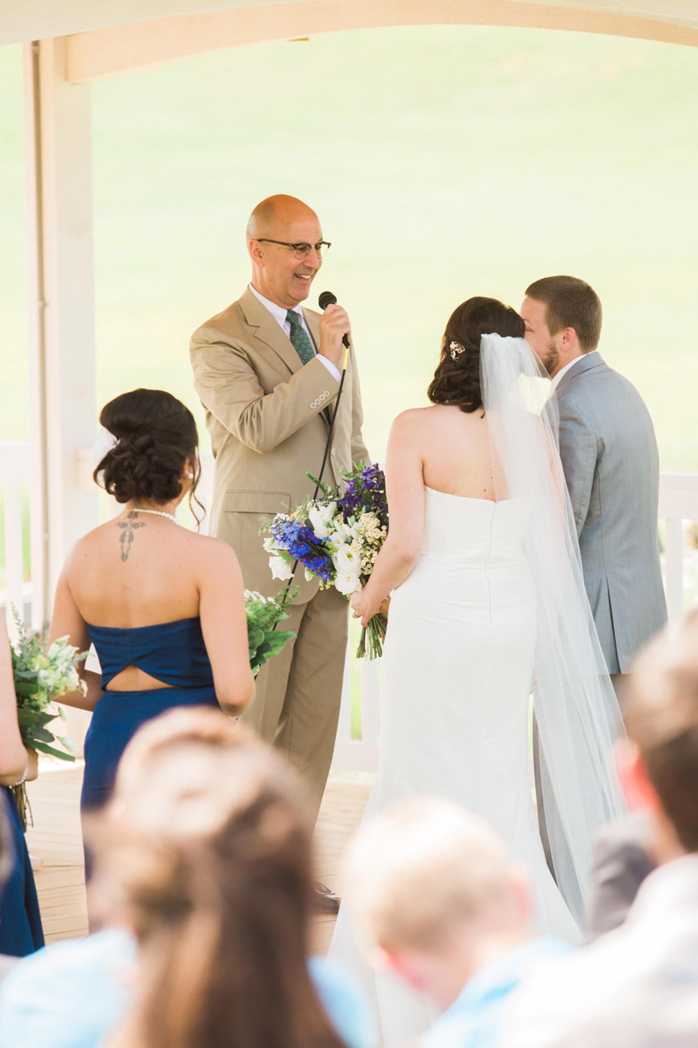 white-barn-wedding-pittsburgh-50