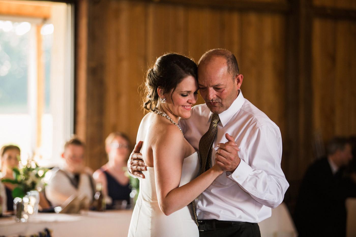 white-barn-wedding-pittsburgh-91