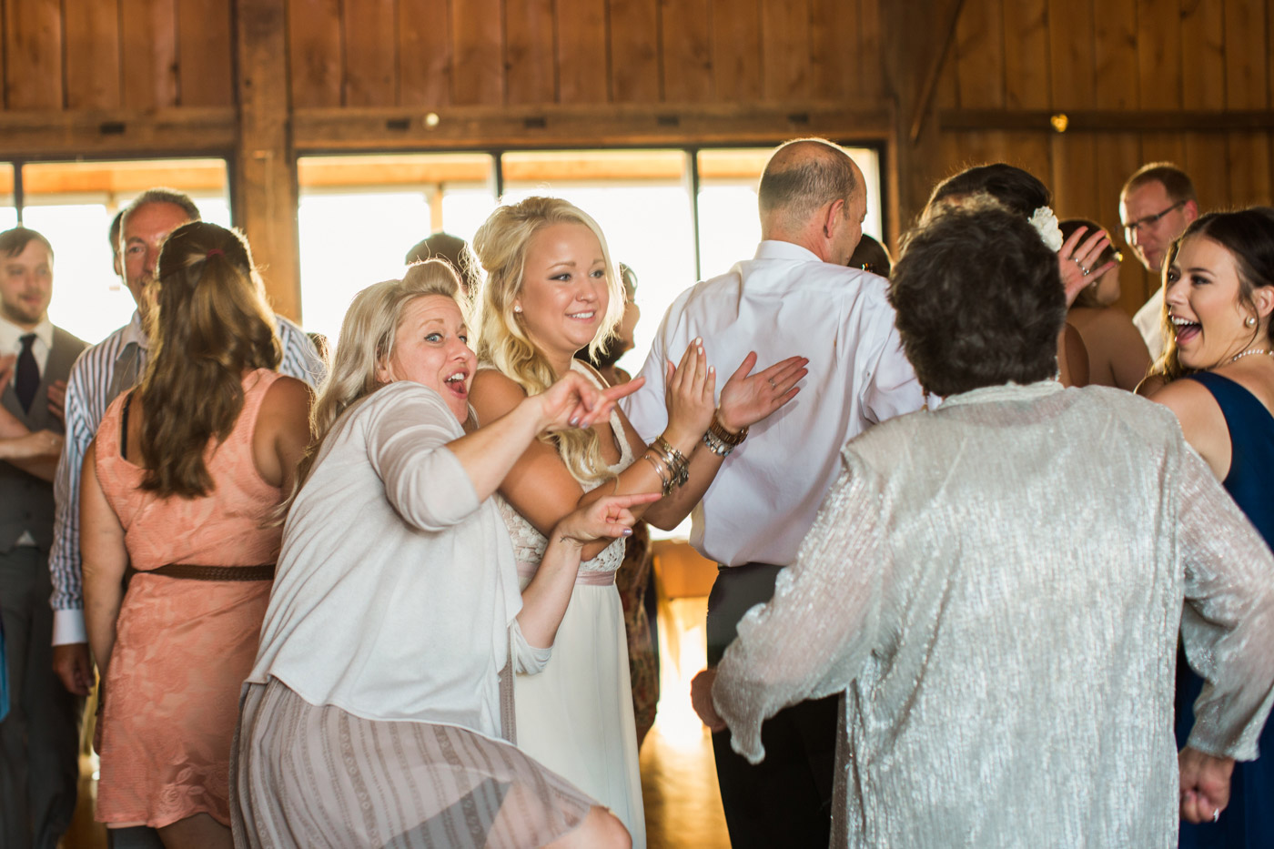 white-barn-wedding-pittsburgh-93