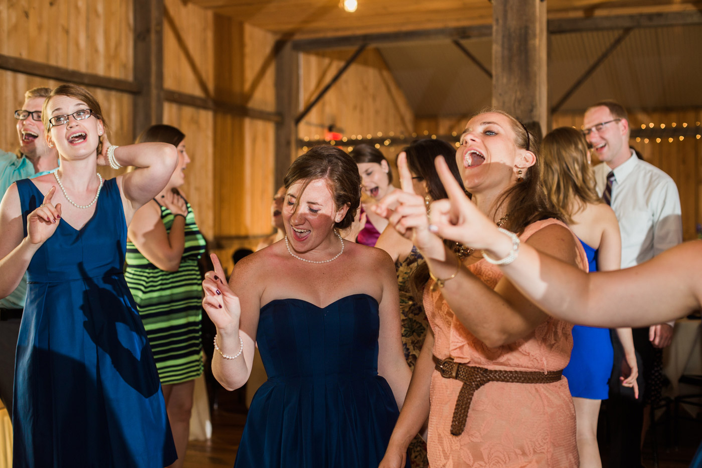 white-barn-wedding-pittsburgh-94