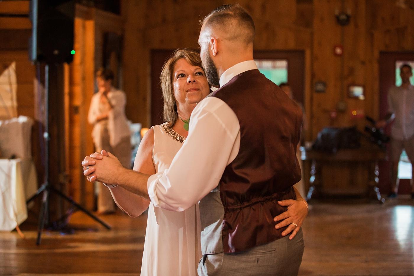 lingrow-farm-wedding-photo-118