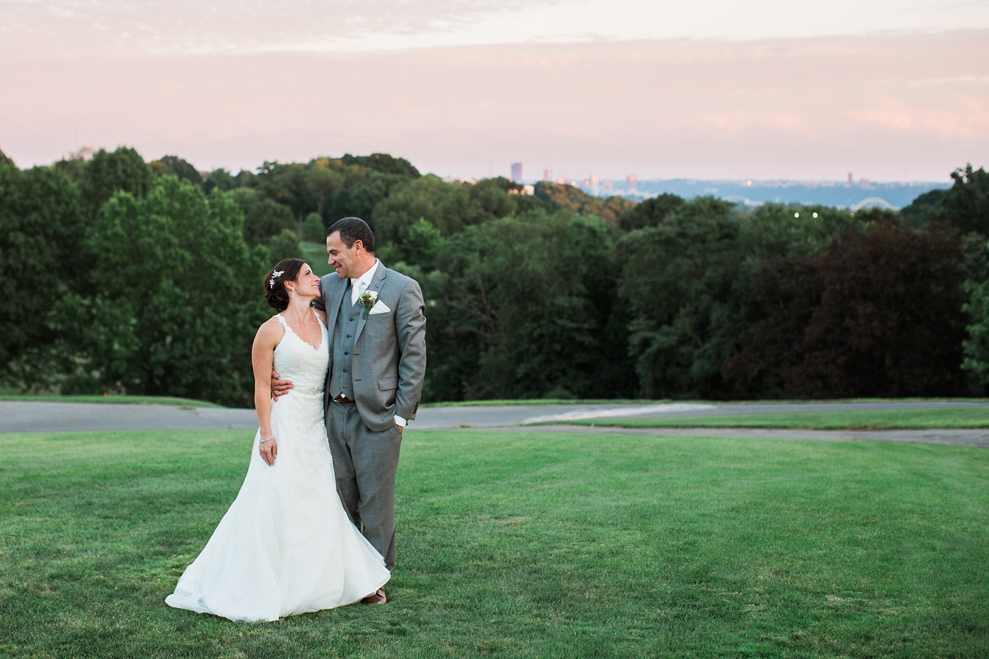 shannopin country club wedding